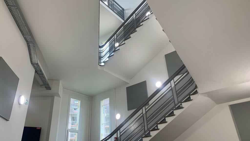 Montee descaliers